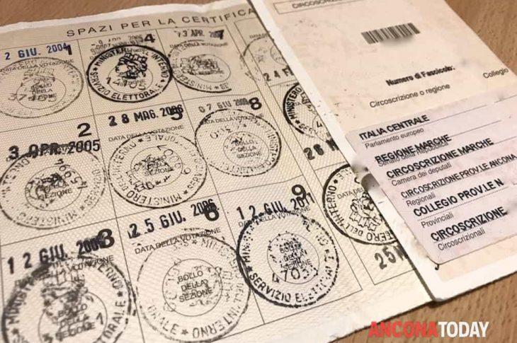 Trecate: rinnovo o ritiro delle tessere elettorali